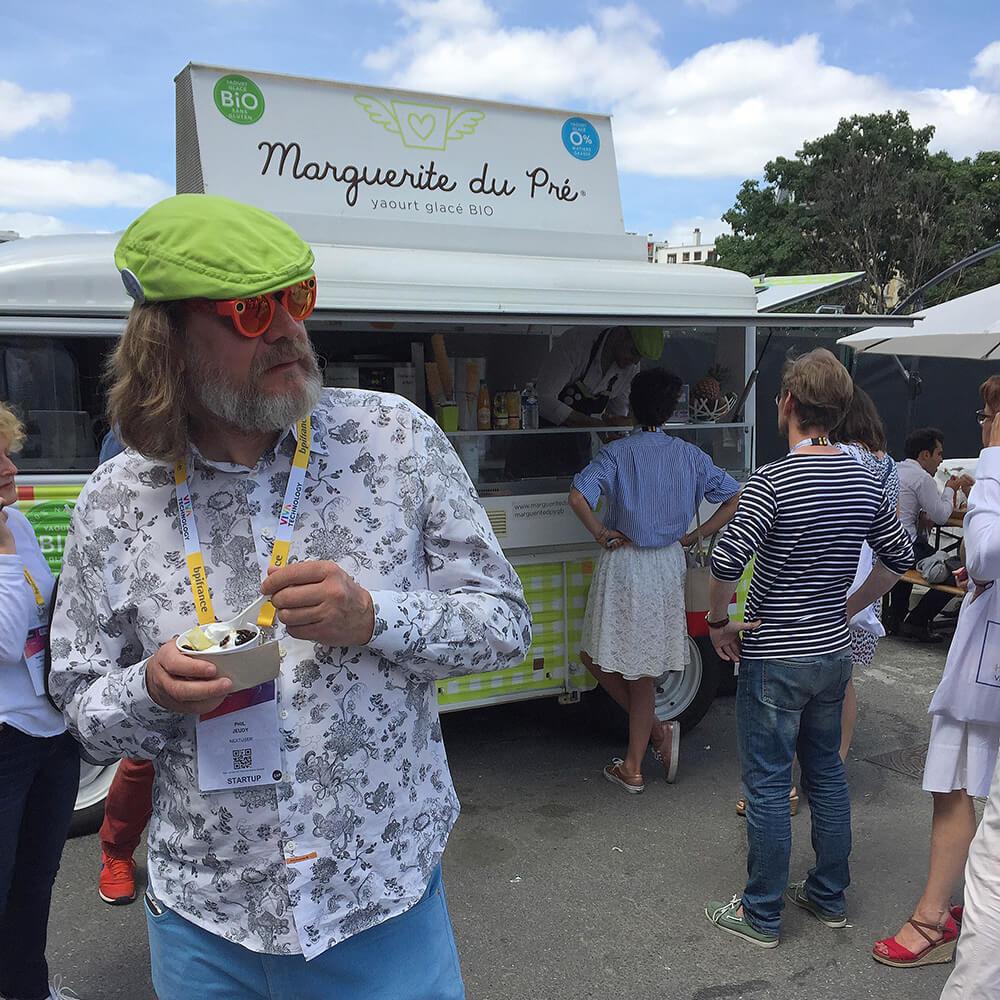 yaourt glacé bio sur événement camionnette